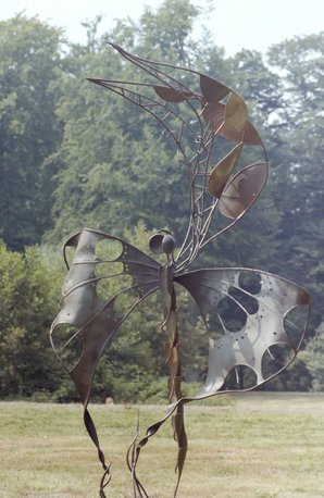 butterfly  H 210 cm (6,85 feet)  steel welded and hammered  private collection  photo JDC